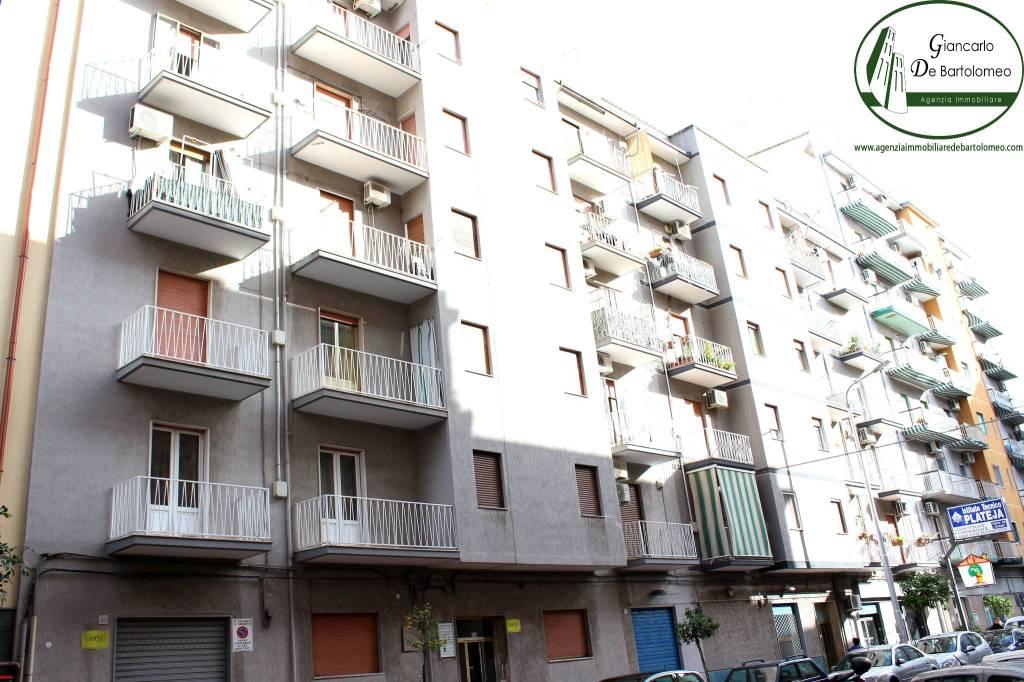 Appartamento trilocale in vendita a Taranto (TA)