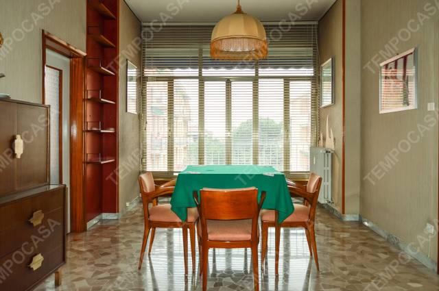 Appartamento in vendita 4 vani 115 mq.  via Lodovico Varthema Bologna