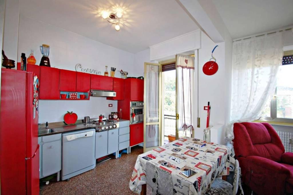 Appartamento in buone condizioni arredato in affitto Rif. 7967145
