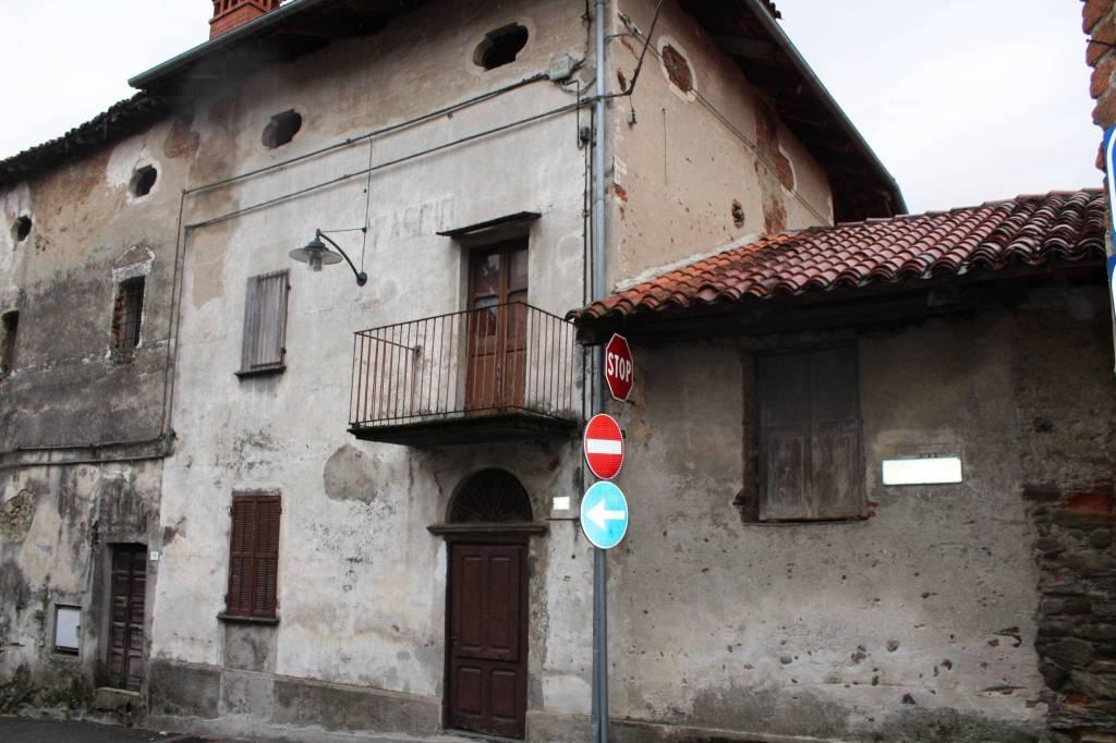 Casa Indipendente da ristrutturare in vendita Rif. 4851156
