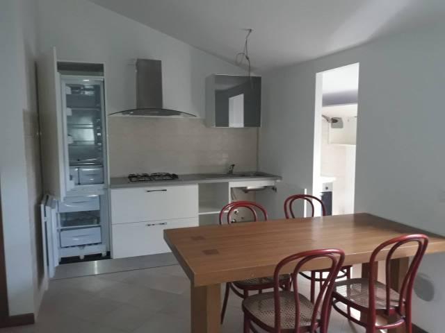 Appartamento in affitto a Dovera, 3 locali, prezzo € 450   CambioCasa.it