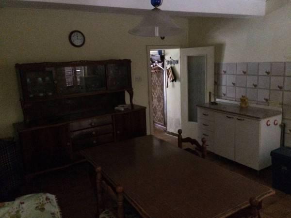 Appartamento in buone condizioni in vendita Rif. 8900410