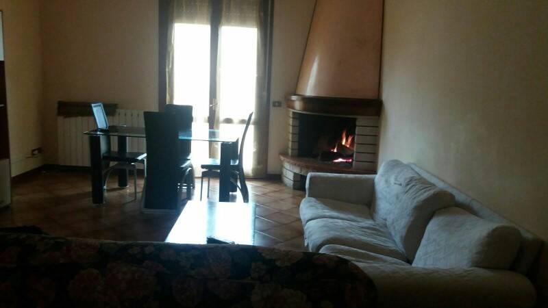 Appartamento in buone condizioni in vendita Rif. 8900411
