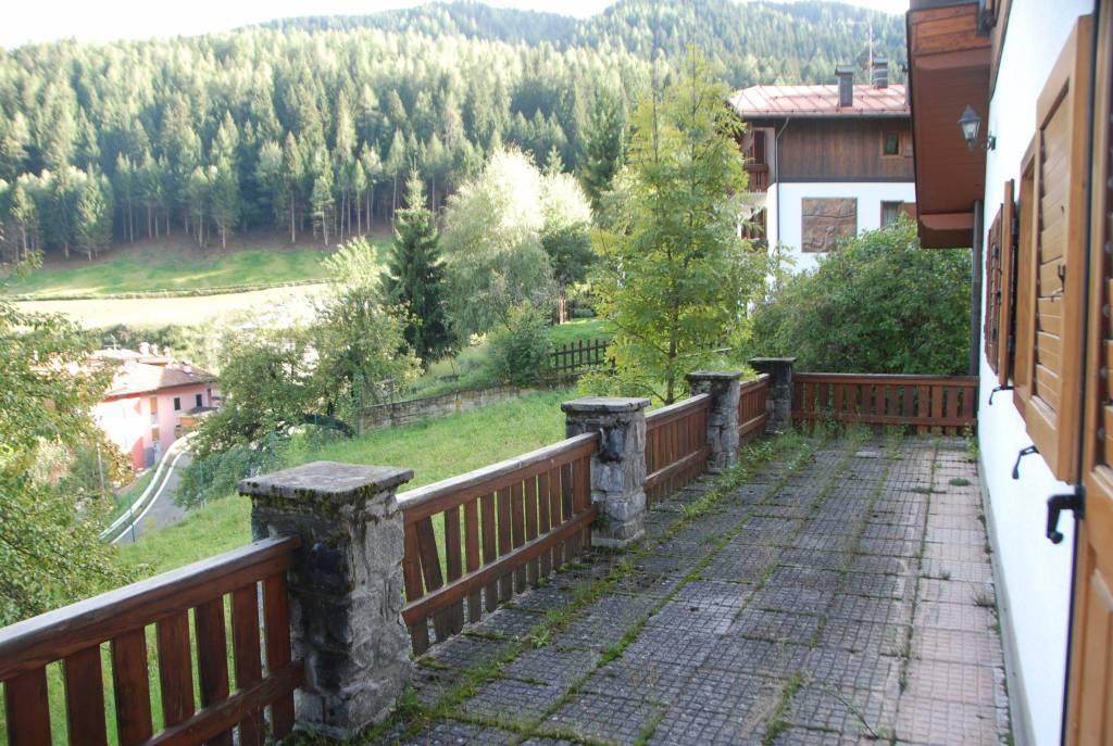 Villa in buone condizioni in vendita Rif. 4399490