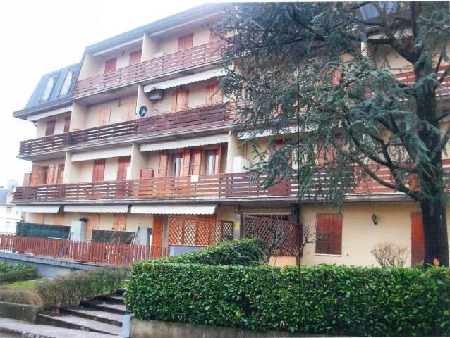 Appartamento in ottime condizioni parzialmente arredato in vendita Rif. 4910511