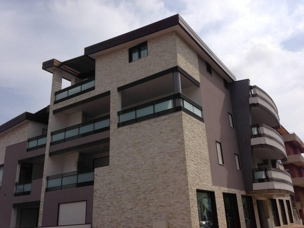 Pescara Università locale nuova costruzione