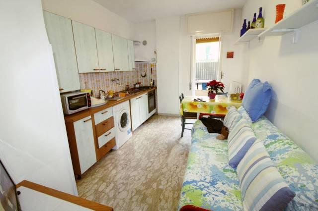 Appartamento in Vendita a Loano Centro: 2 locali, 40 mq