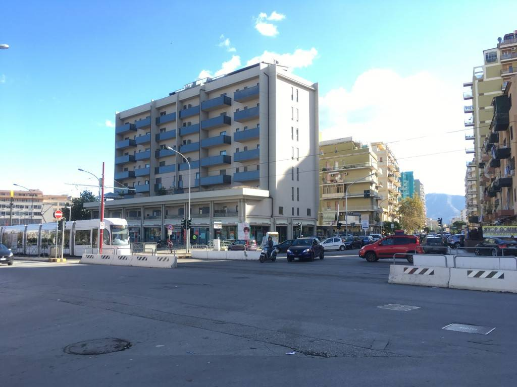 Appartamento in ottime condizioni arredato in affitto Rif. 8642087