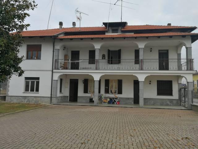 Villa in buone condizioni in vendita Rif. 4241873