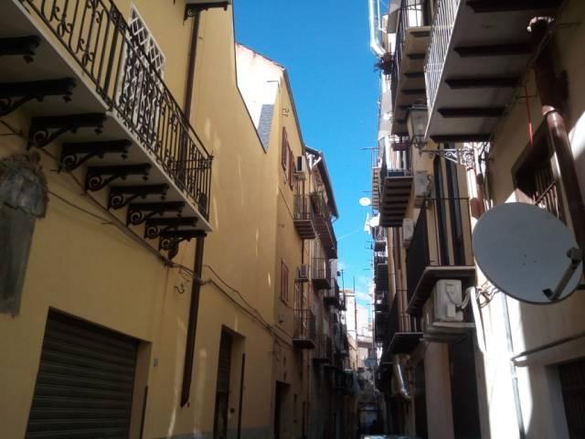 Appartamento in Vendita a Palermo Centro: 2 locali, 50 mq