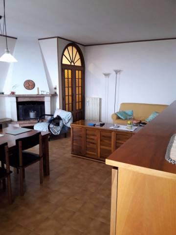 Appartamento in buone condizioni in vendita Rif. 4391844