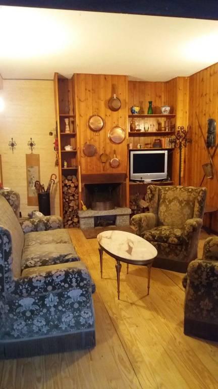 Appartamento in buone condizioni arredato in vendita Rif. 7847711
