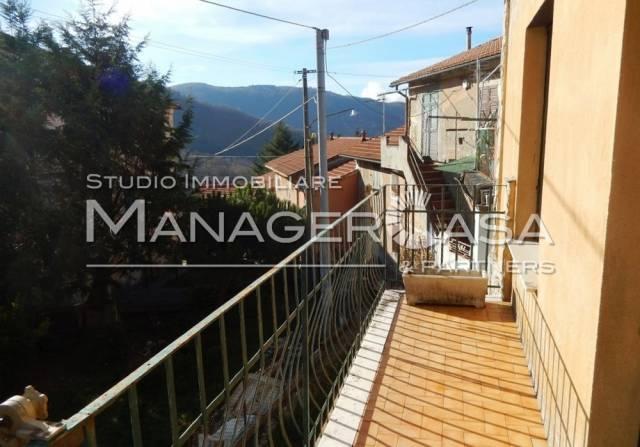 Genova Bargagli casetta indipendente 70 mq su due livelli