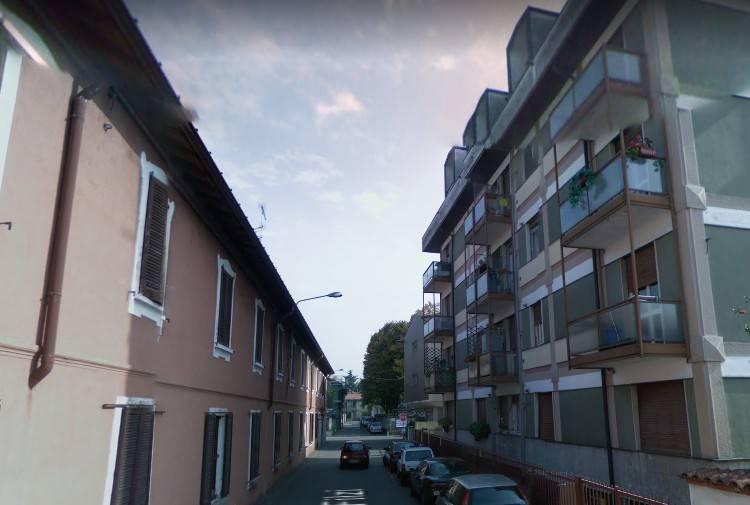 Appartamento in buone condizioni in vendita Rif. 9448013