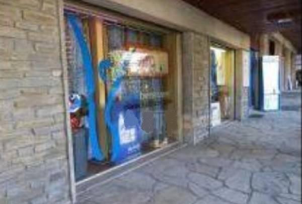 Negozio / Locale in vendita a Limone Piemonte, 6 locali, prezzo € 250.000 | CambioCasa.it