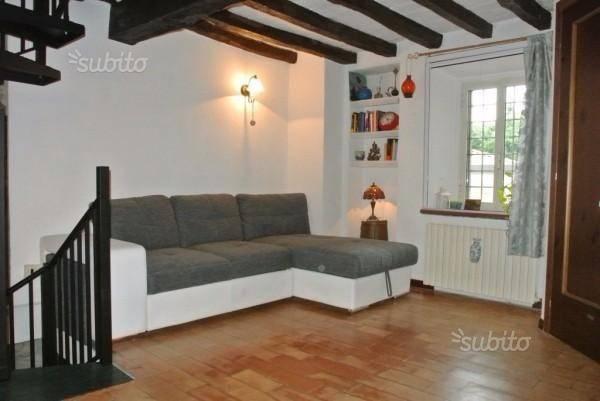 Appartamento in ottime condizioni in vendita Rif. 7768402