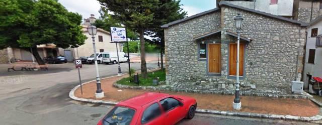 Appartamento in buone condizioni parzialmente arredato in vendita Rif. 4598652