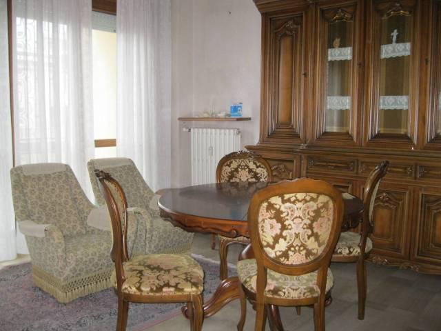Appartamento in buone condizioni in vendita Rif. 4525936