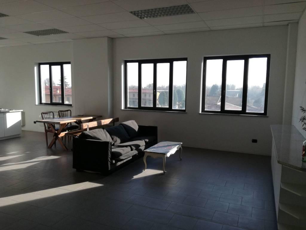 Ufficio / Studio in vendita a San Colombano al Lambro, 2 locali, prezzo € 69.000 | PortaleAgenzieImmobiliari.it