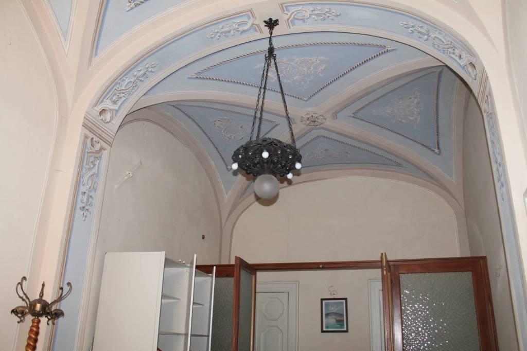 Appartamento in vendita a Pontremoli, 7 locali, prezzo € 136.000 | PortaleAgenzieImmobiliari.it