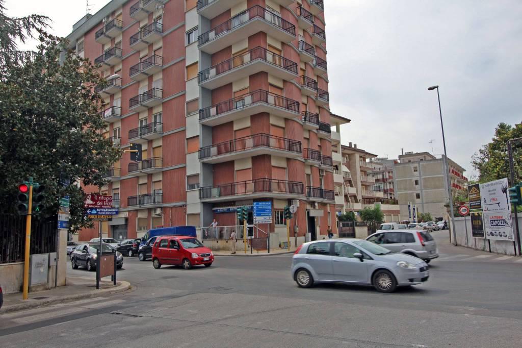 Appartamento in ottime condizioni in vendita Rif. 7437830