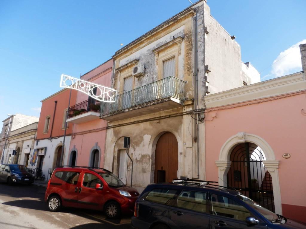 Appartamento da ristrutturare in vendita Rif. 4603169