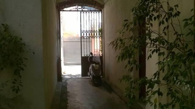 Palazzo / Stabile a Catania in Vendita
