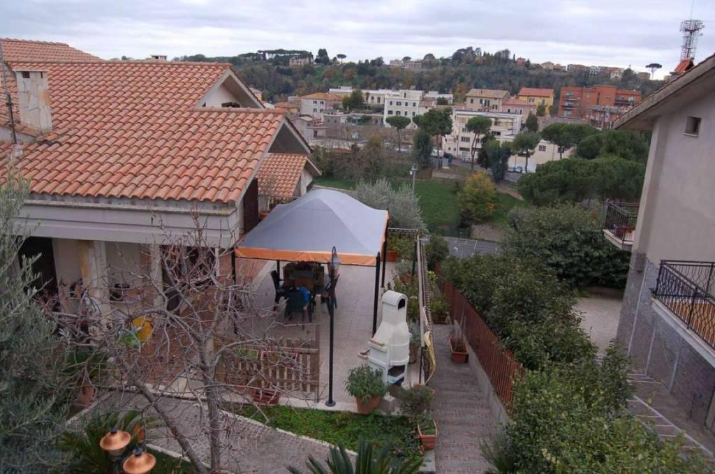 Villa in ottime condizioni in vendita Rif. 8845364