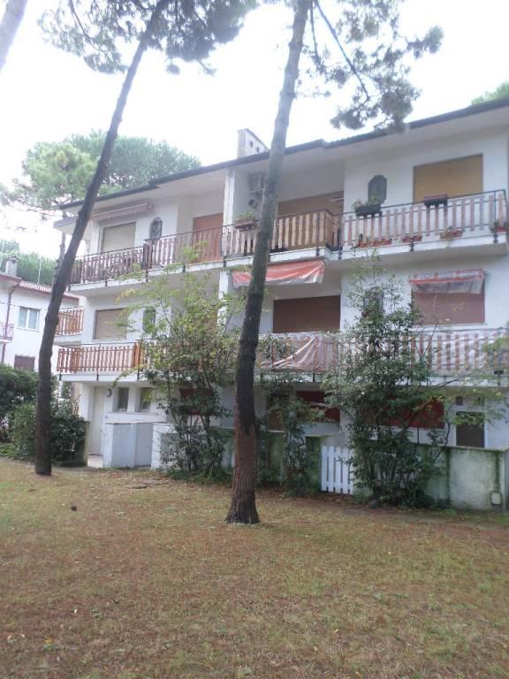 Appartamento in buone condizioni arredato in vendita Rif. 9146154