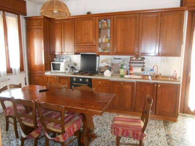 Villa in ottime condizioni in vendita Rif. 4261157