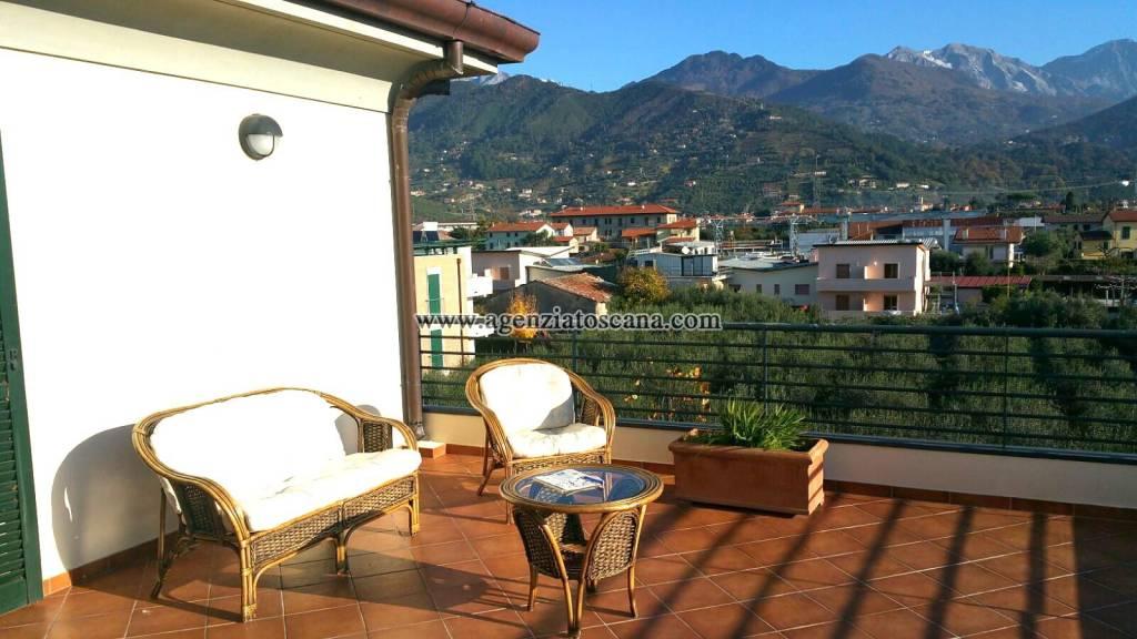 Attico / Mansarda in vendita a Seravezza, 5 locali, prezzo € 550.000 | PortaleAgenzieImmobiliari.it