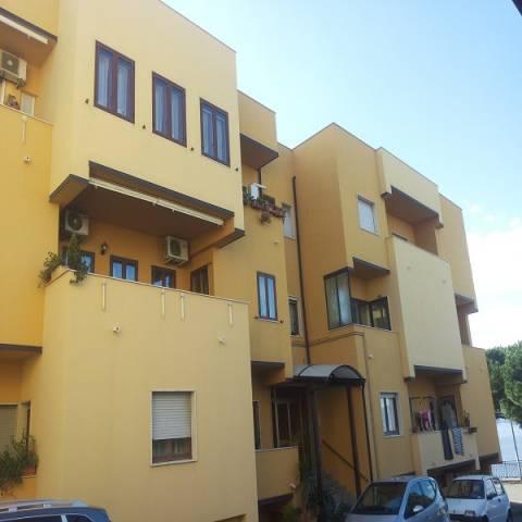 Appartamento in buone condizioni in vendita Rif. 4994744