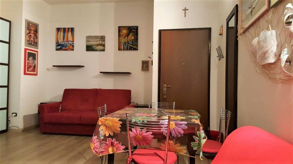 Appartamento in ottime condizioni arredato in vendita Rif. 8369688