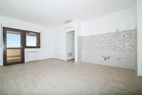 Appartamento in vendita 4 vani 96 mq.  via Alberto Tallone Roma