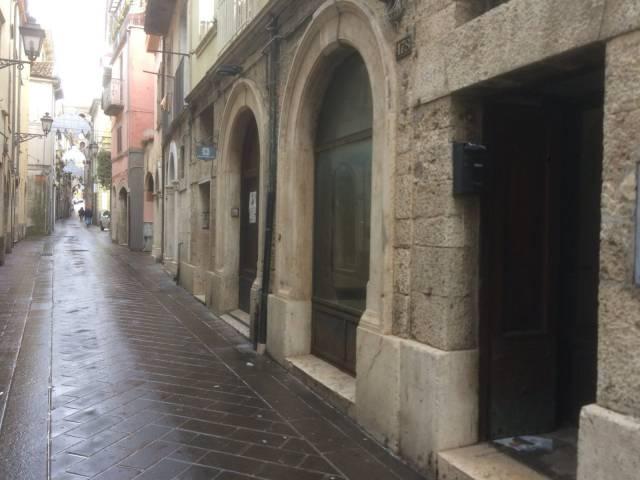 Locale commerciale nel centro storico Rif. 4272857