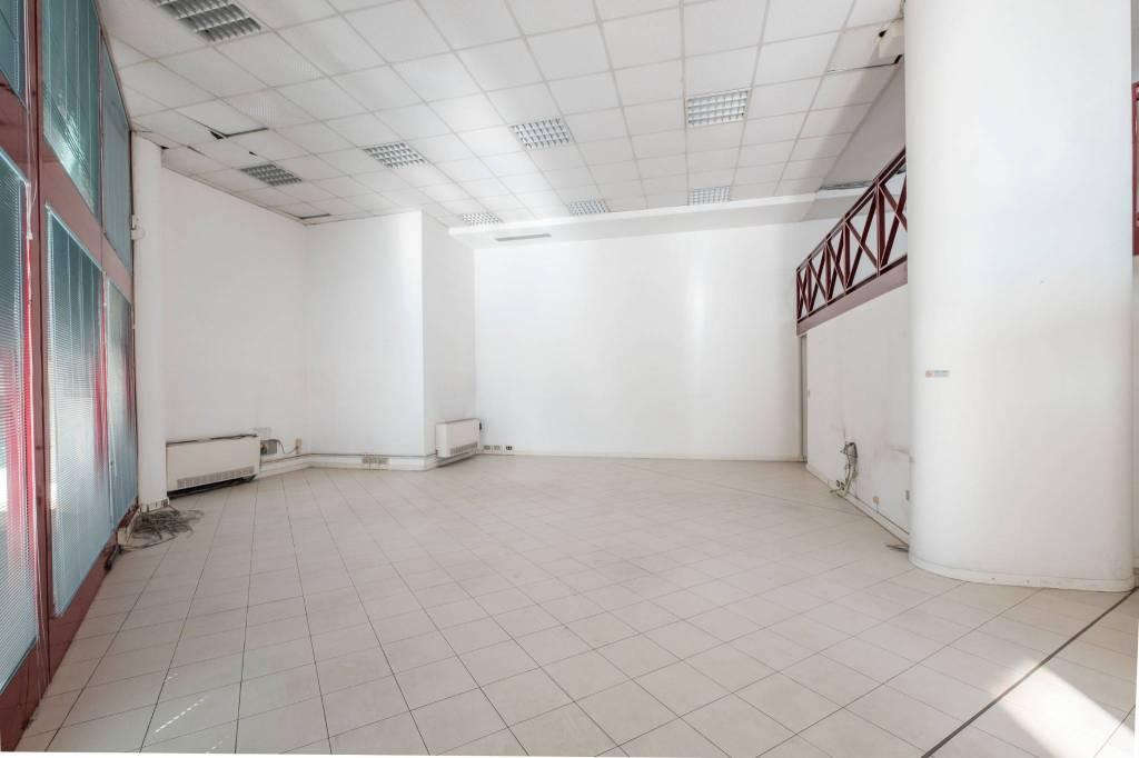 Ufficio / Studio in affitto a Lumezzane, 4 locali, prezzo € 650 | PortaleAgenzieImmobiliari.it