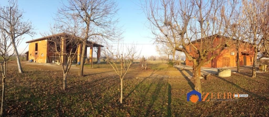 Villa in Vendita a San Giovanni In Persiceto Periferia: 5 locali, 260 mq