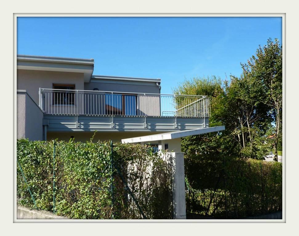 Villa 5 locali in vendita a Olgiate Comasco (CO)