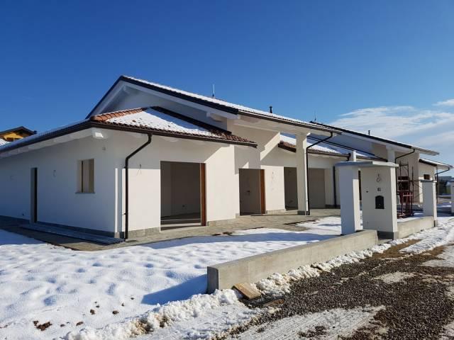 Villa in vendita a Cherasco, 5 locali, prezzo € 295.000 | Cambio Casa.it