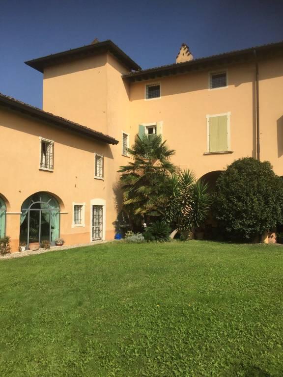 Soluzione Indipendente in Affitto a Brescia