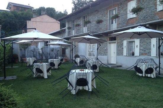 Immobile Commerciale in vendita a San Germano Chisone, 6 locali, prezzo € 168.000 | CambioCasa.it