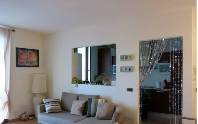 Appartamento in Vendita a Reggiolo: 3 locali, 70 mq