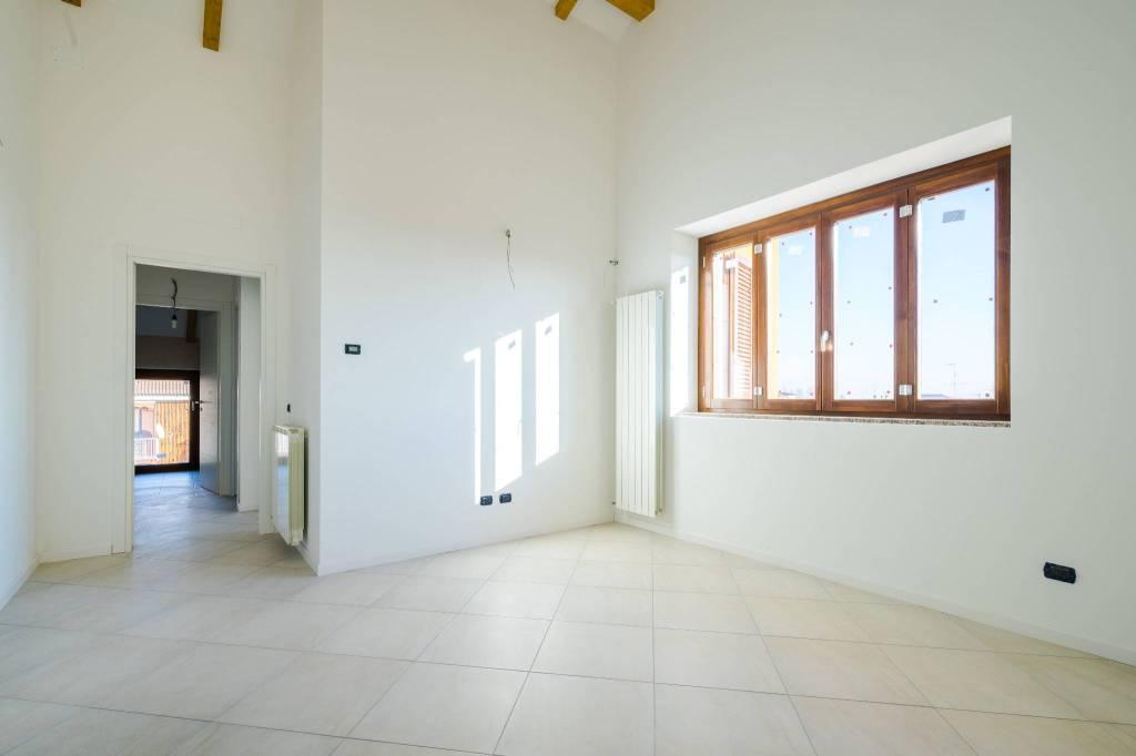 Appartamento in ottime condizioni in vendita Rif. 4199116