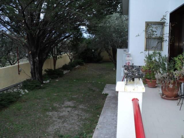 Villa su via Troia