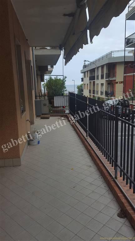 Appartamento in ottime condizioni in vendita Rif. 8651532