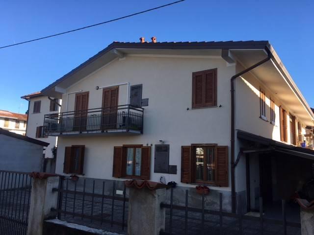 Appartamento in ottime condizioni in vendita Rif. 4335845