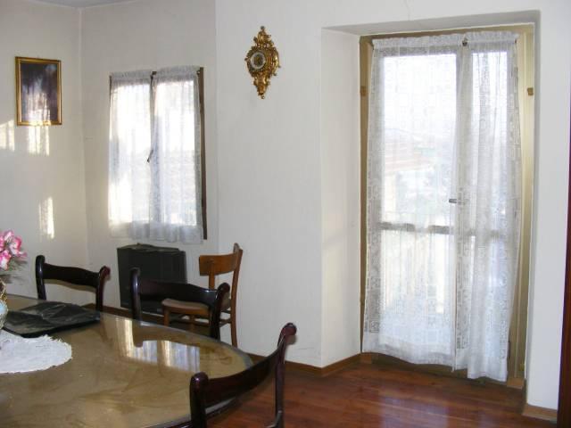 Appartamento in buone condizioni in vendita Rif. 5082313