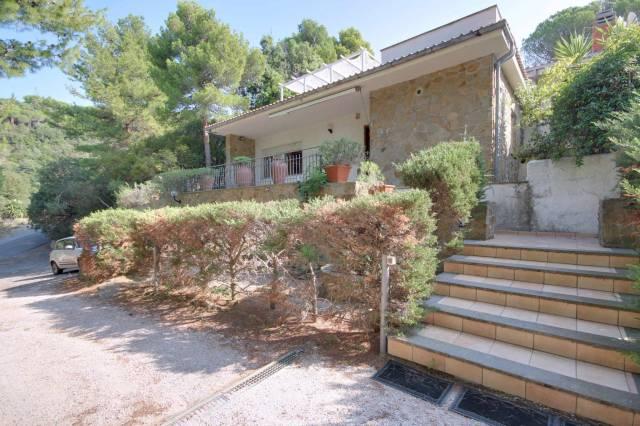 Villa 5 locali in vendita a Castiglione della Pescaia (GR)