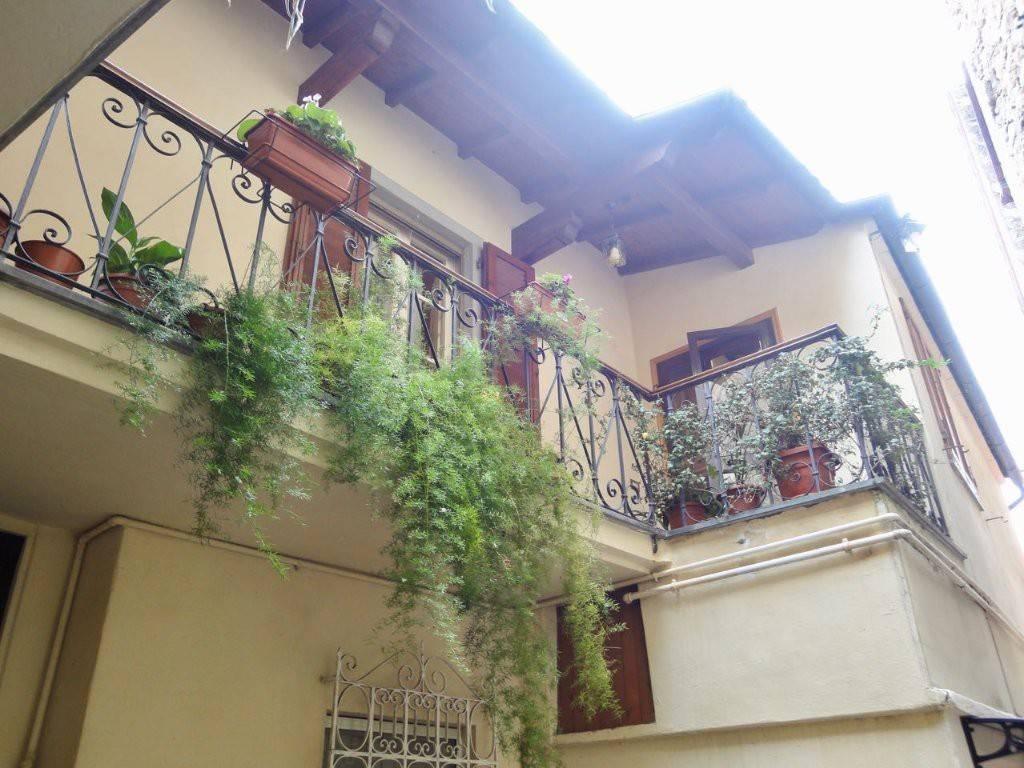 Appartamento in buone condizioni in vendita Rif. 7966286