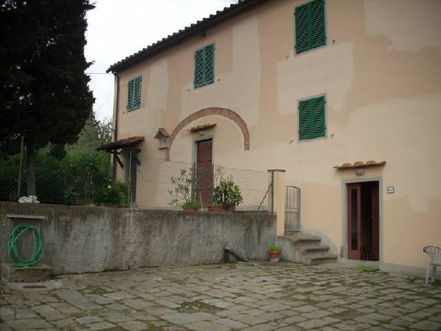 Rustico / Casale da ristrutturare in vendita Rif. 4461856